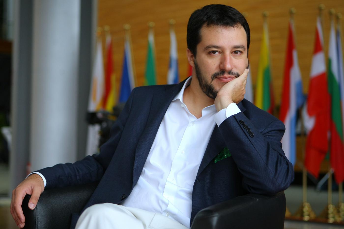 """Berlusconi leader del centrodestra? Salvini: """"Io guardo avanti"""""""
