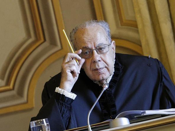 La Consulta boccia l'esame preventivo dell' Italicum