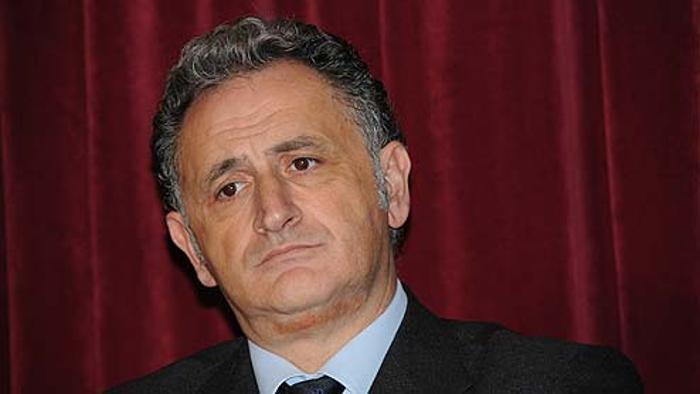 Tangenti da CPL. Arrestato il sindaco di Ischia Ferrandino