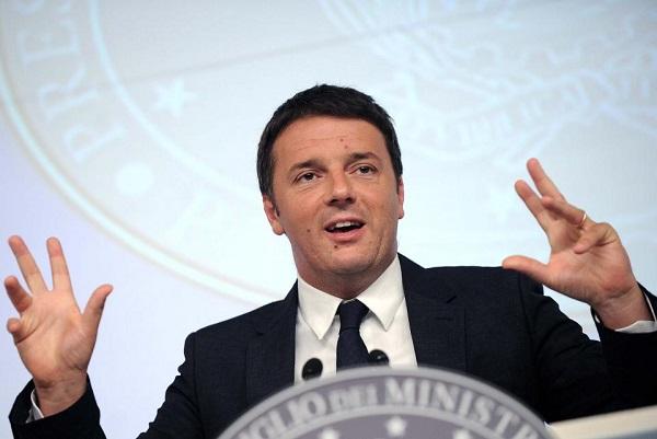 """Renzi: """"In campo 200mln per merito nella scuola"""""""