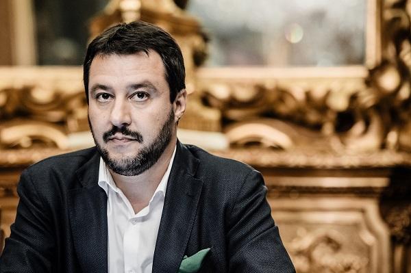 Salvini chiede a Renzi un confronto pubblico. Magari televisivo