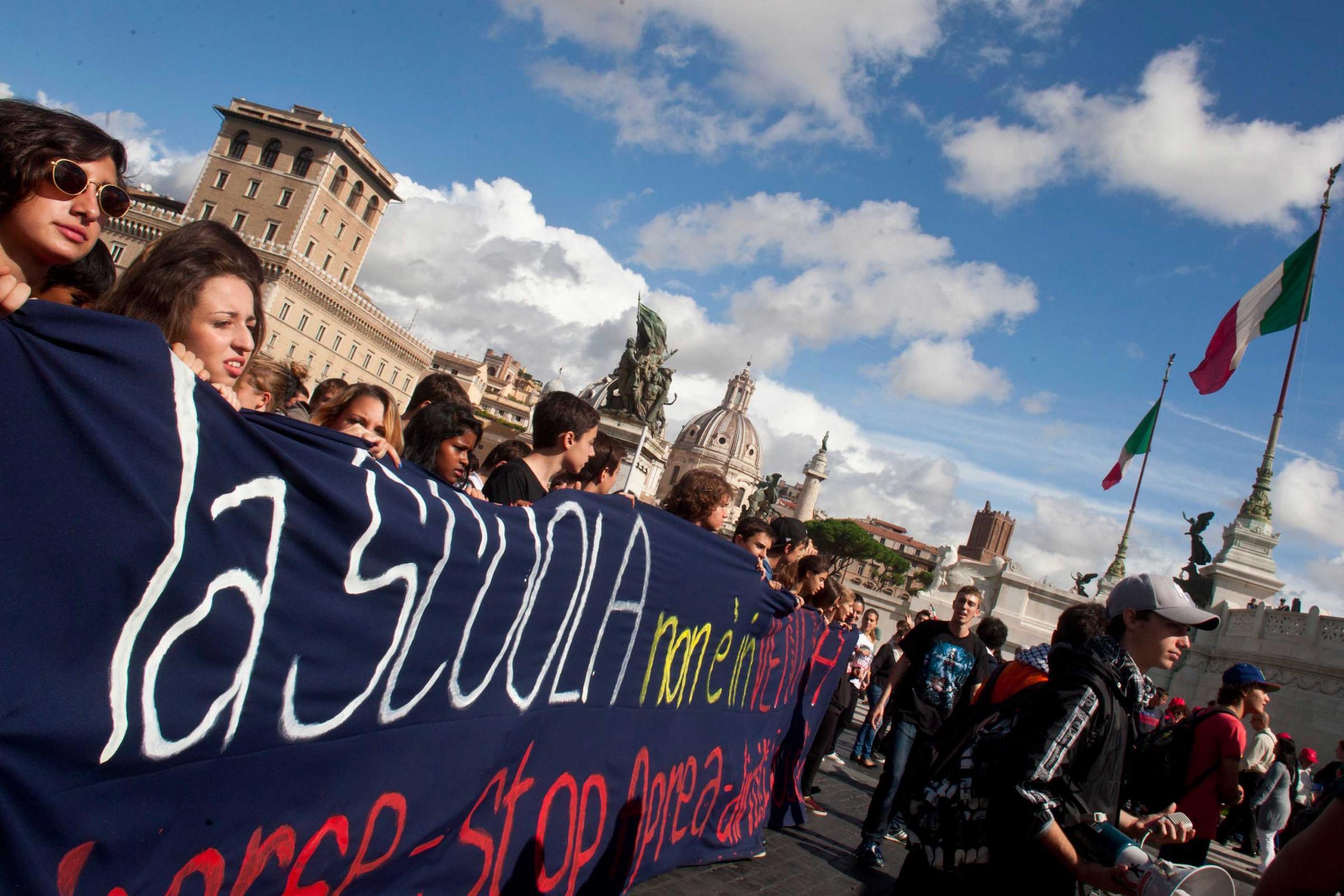 L' Italia degli studenti protesta contro la riforma della scuola