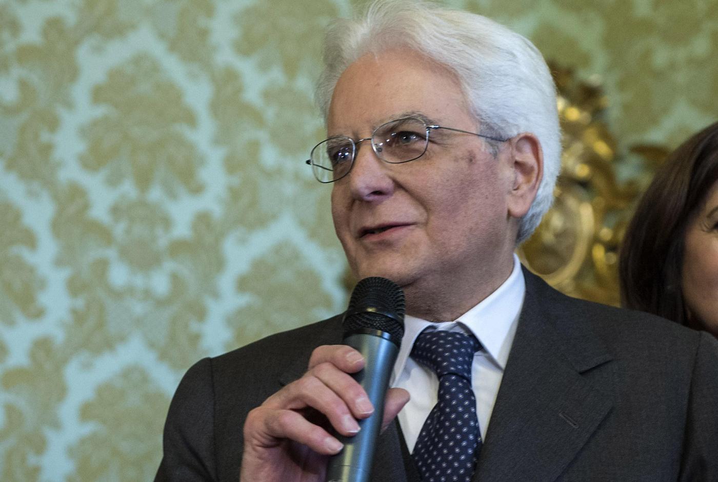 """Mattarella: """"La Camera voti presto la legge sull' autismo"""""""