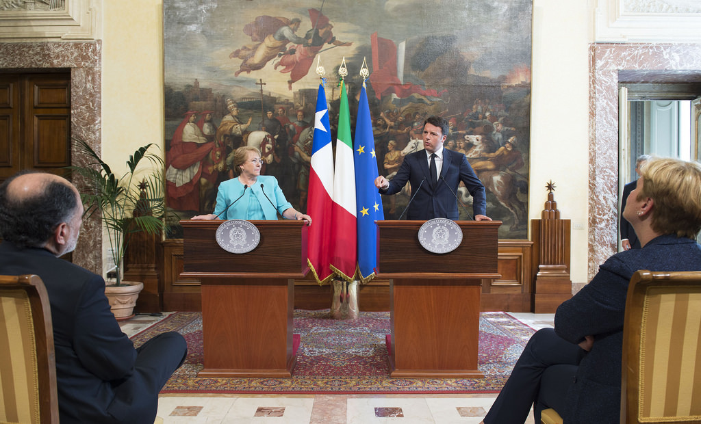 Renzi, in Cile, incontra Michelle Bachelet