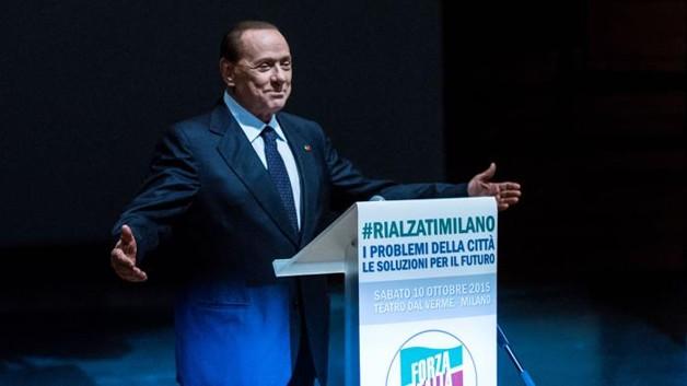 """Comunali 2016. Berlusconi: """"Io sarò con voi"""""""
