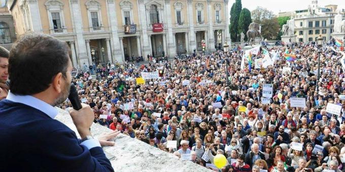 I sostenitori di Marino di nuovo in Campidoglio