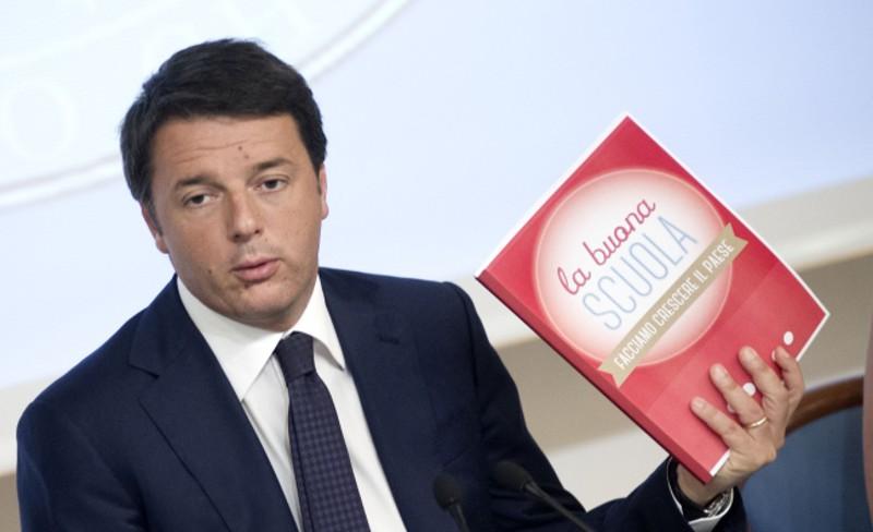 """Renzi pubblica il post di """"Giovanni"""""""