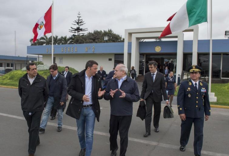 """Renzi in Perù: """"L'Italia torni ad essere un faro"""""""