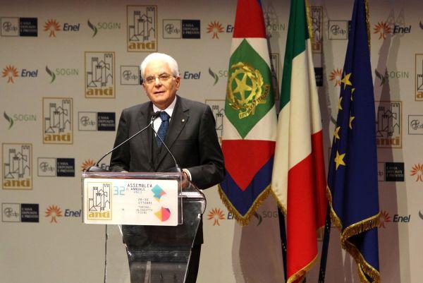 """Mattarella: """"Combattere la corruzione"""""""
