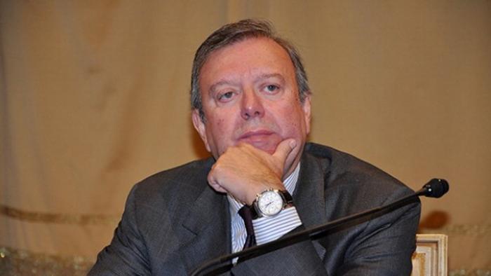 A Milano indagati 4 ex sindaci. Amianto alla Scala