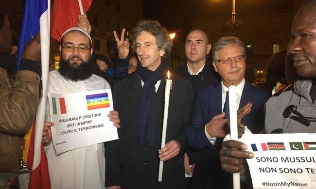 Marcia per la pace. A Lecce sfilano musulmani e cattolici