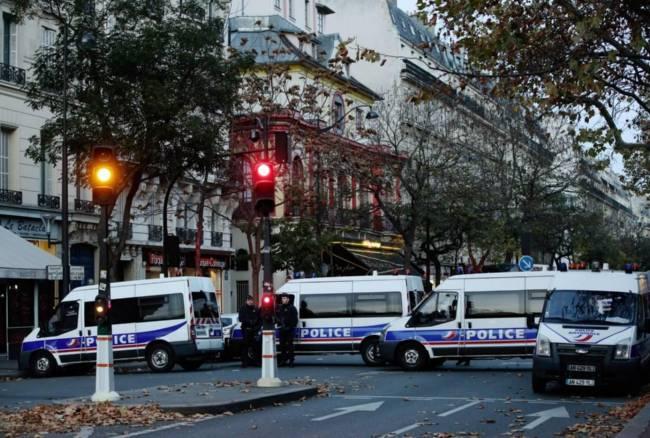 A Parigi trovata una cintura esplosiva