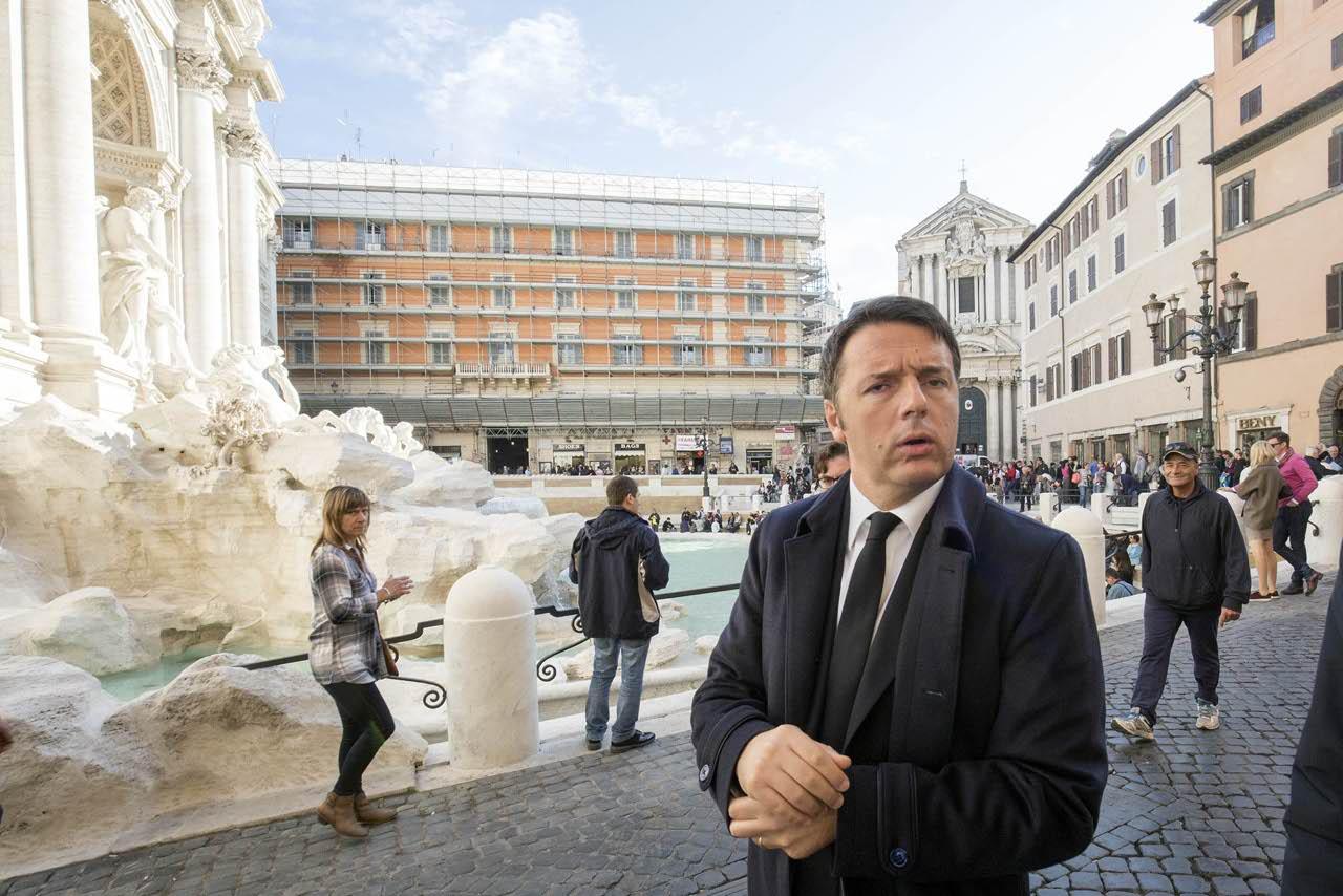 """Renzi: """"L'Italia non ha bisogno di essere bloccata"""""""