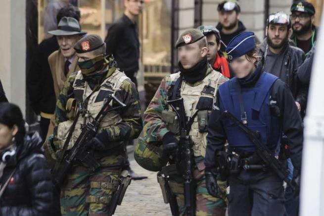 Bruxelles blindata. A Molenbeek armi chimiche