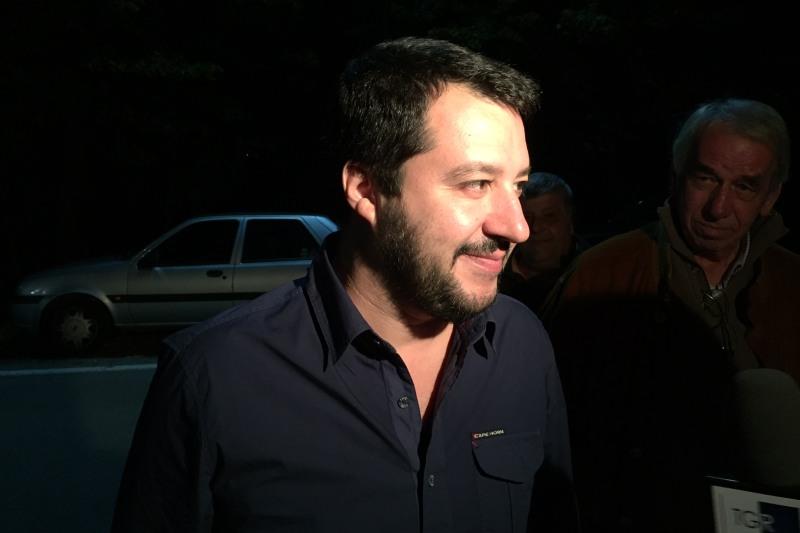 """Salvini: oggi """"se uno pensa alla poltrona sbaglia"""""""