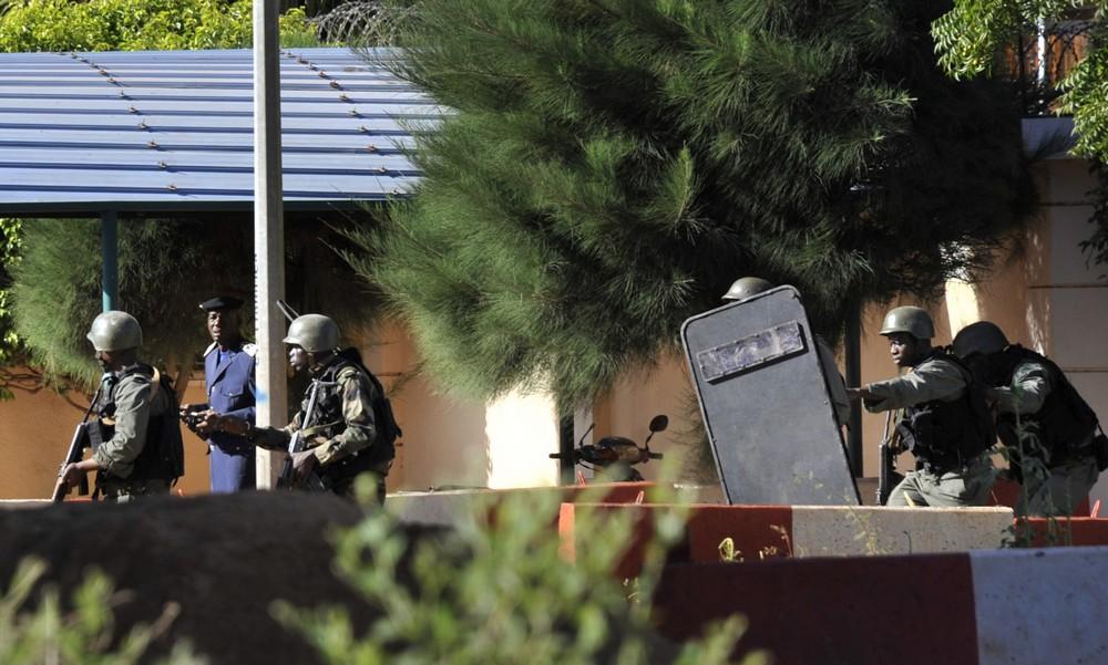 Attacco terroristico a Bamako, in Mali: 27 morti