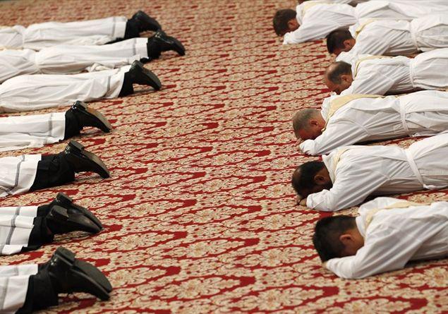 """Il Papa: """"Occhi aperti nell'ammissione ai seminari"""""""