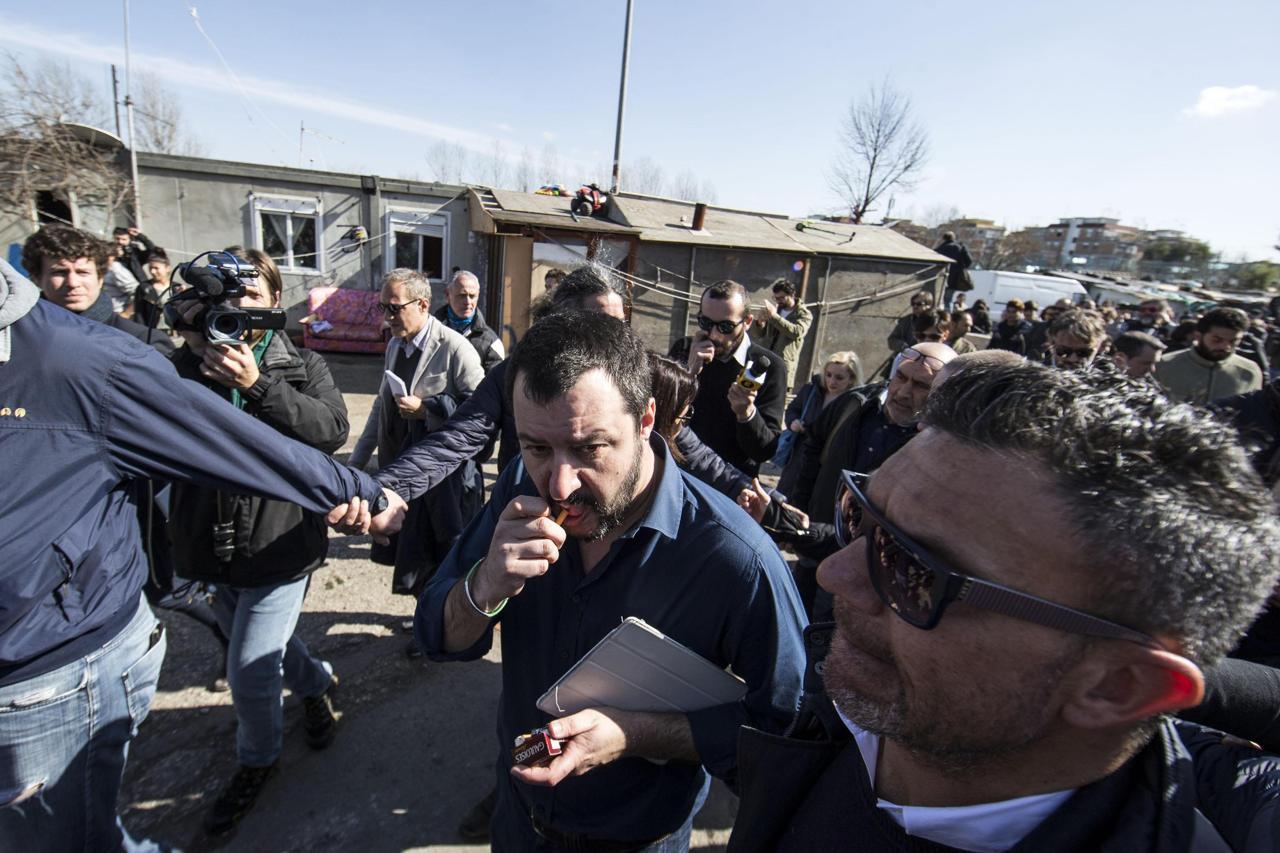 Per Salvini visita al campo rom di Tor Sapienza