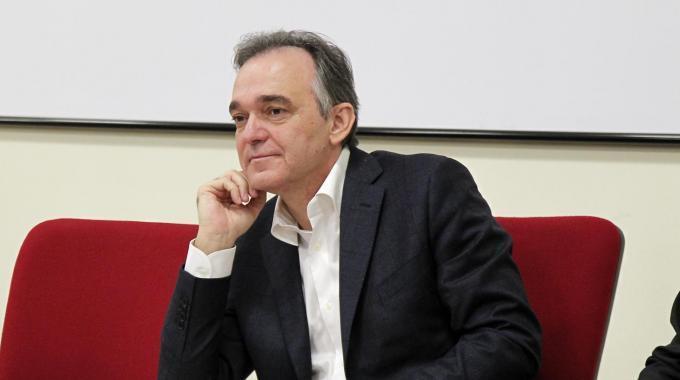 """Rossi: """"Mi candido alla segreteria del Pd"""""""