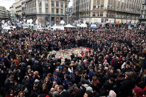 A Bruxelles un minuto silenzio
