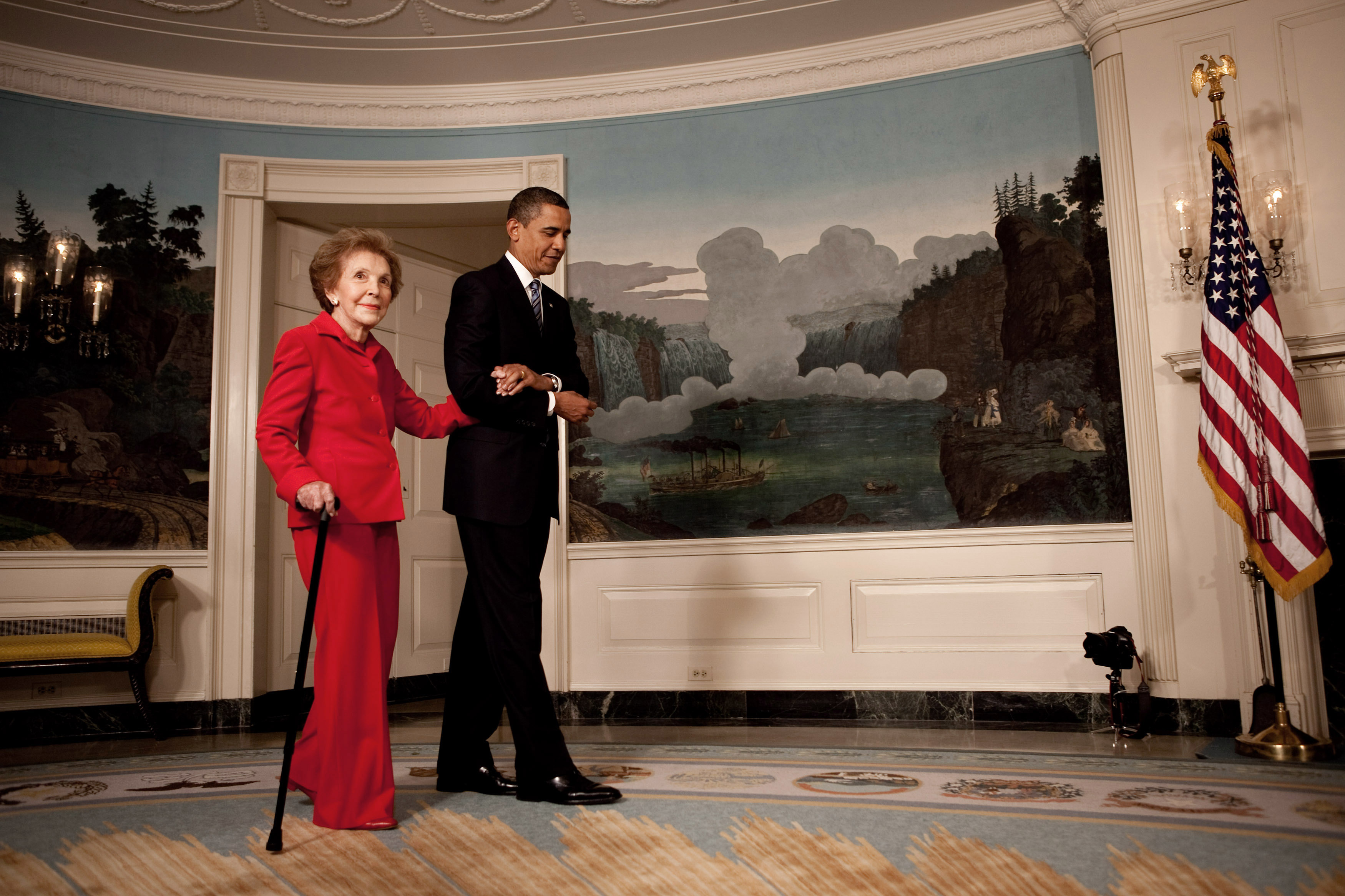Obama. Omaggio a Nancy Reagan