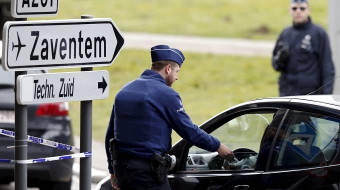 Zaventem. Tra lo staff dell'aeroporto almeno 50 jihadisti