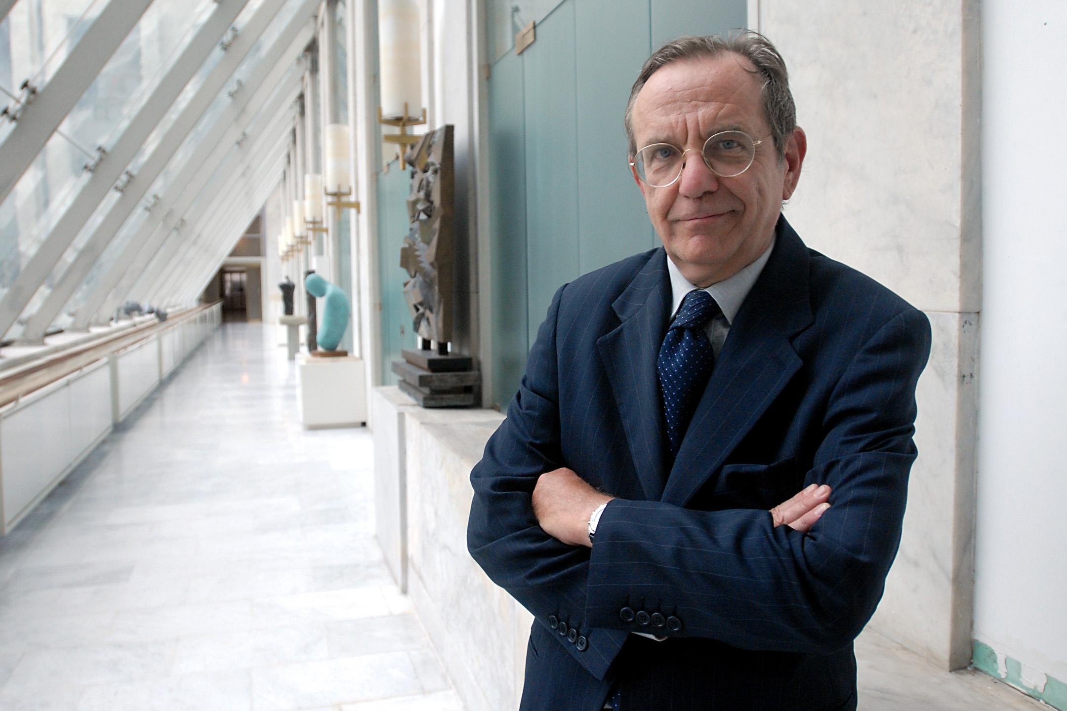 """Padoan apre il """"Salone del Risparmio"""""""