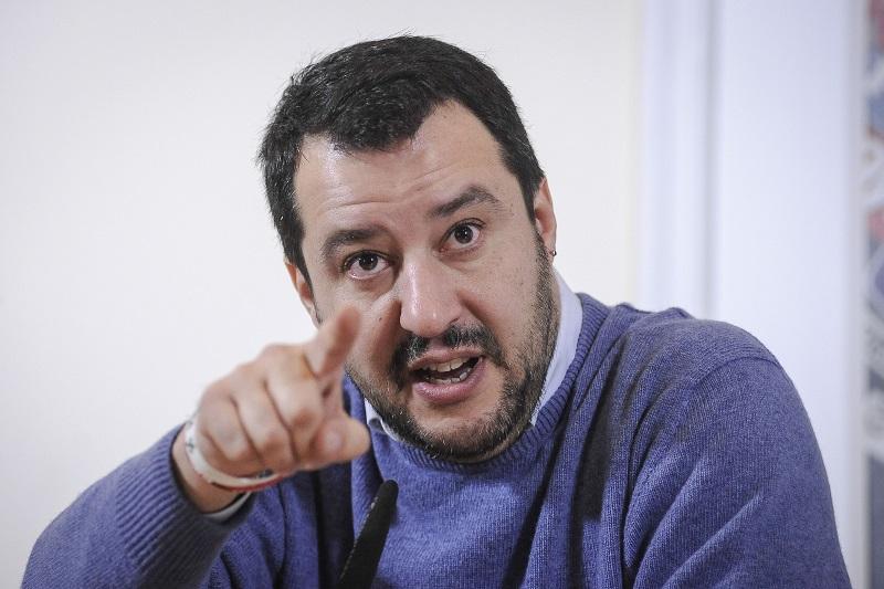 """Salvini dopo l'attacco a Mattarella: """"non mi sono pentito"""""""