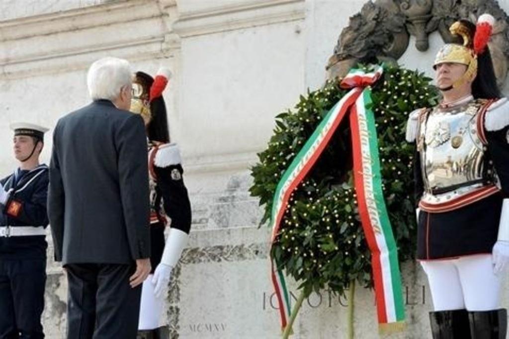 """Mattarella celebra il 25 aprile: """"E' sempre tempo di Resistenza"""""""